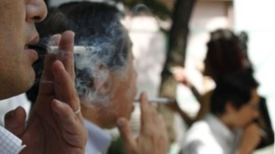 Ιαπωνία: 5.000 ευρώ πρόστιμο σε καθηγητές επειδή κάπνισαν στο σχολείο
