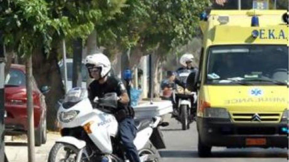 Συγκρούστηκε μηχανάκι με αυτοκίνητο στην Πάτρα