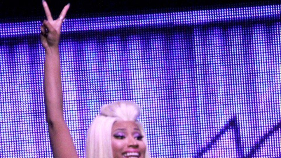 Η σέξι «αποκάλυψη» της Nicki Minaj