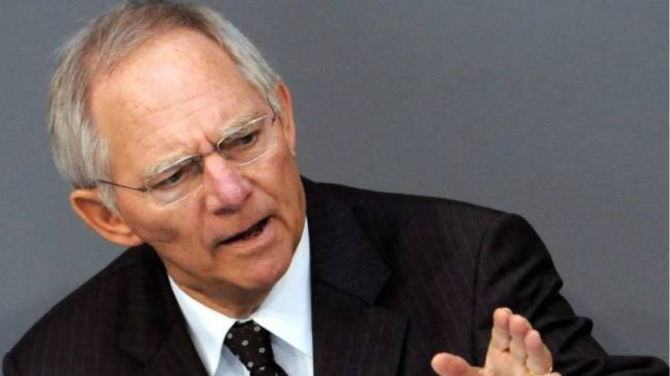 Σόιμπλε: «Η Ελλάδα θα γινόταν Lehman Brothers»