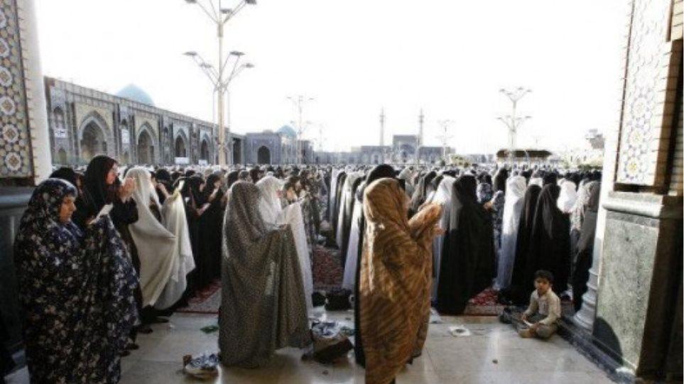 Στους 41 οι νεκροί από επίθεση αυτοκτονίας σε τζαμί  στο Αφγανιστάν