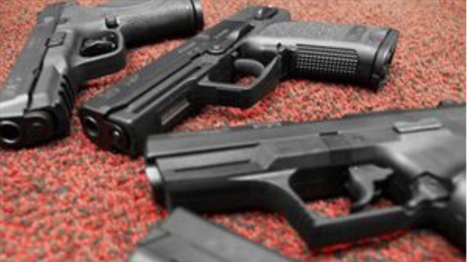 Εντοπίστηκε ολόκληρο οπλοστάσιο σε σπίτι 42χρονου στα Χανιά