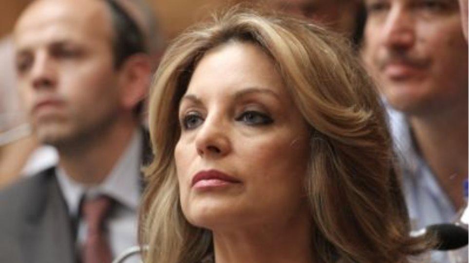 Α.Γκερέκου: Να αποσυρθεί άμεσα η διάταξη του μεσοπρόθεσμου για τους ξεναγούς