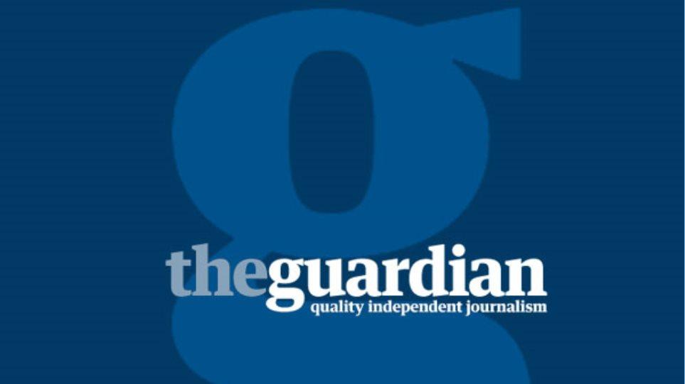 Guardian: «Η Ελλάδα φλερτάρει με την τυραννία, η Ευρώπη κάνει πως δεν βλέπει»