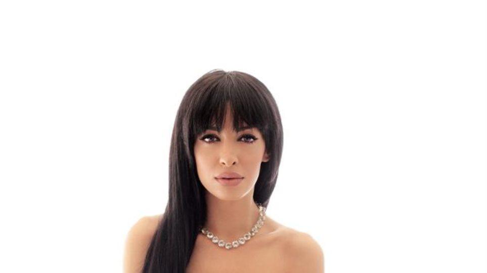 Ελένη Φουρέιρα: «Αν είχα πιο μεγάλο στήθος, δε θα ήμουν λίγο πρόστυχη;»