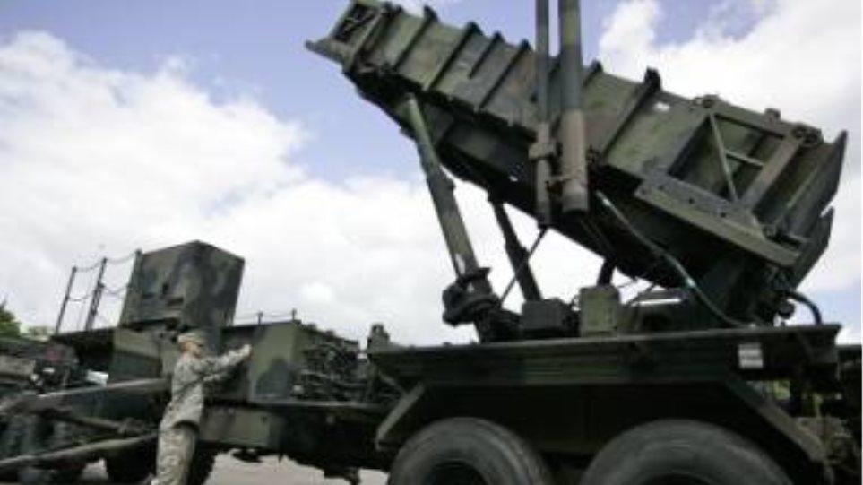 Πυραύλους «Πάτριοτ» στα σύνορα με τη Συρία ζητεί η Τουρκία