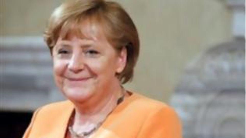 Προβάδισμα στους Χριστιανοδημοκράτες της Μέρκελ δείχνει δημοσκόπηση