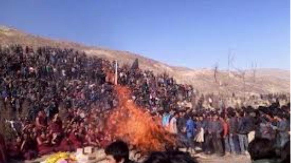 Αυτοπυρπολήθηκαν 4 Θιβετιανοί μέσα σε μία ημέρα