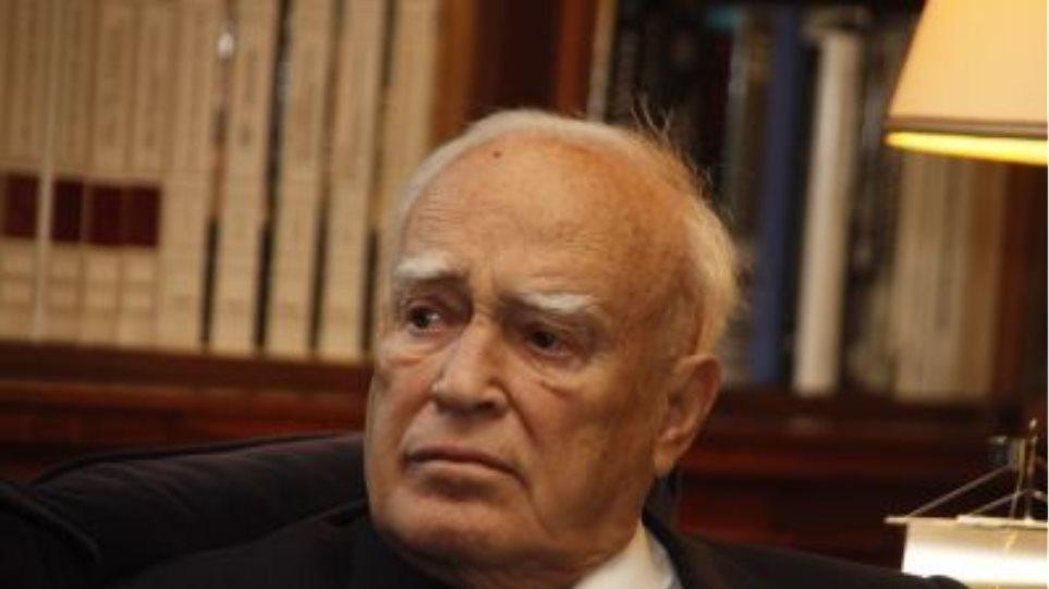 Παπούλιας: «Η Ελλάδα έχει καθαρή εθνική θέση για το ζήτημα του ονόματος»