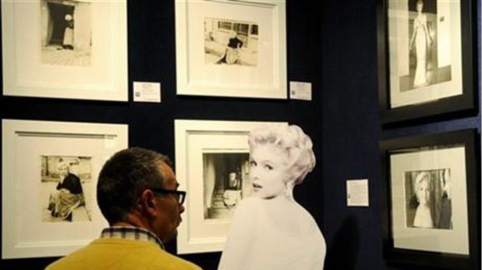 Στο σφυρί φωτογραφίες της Marilyn Monroe