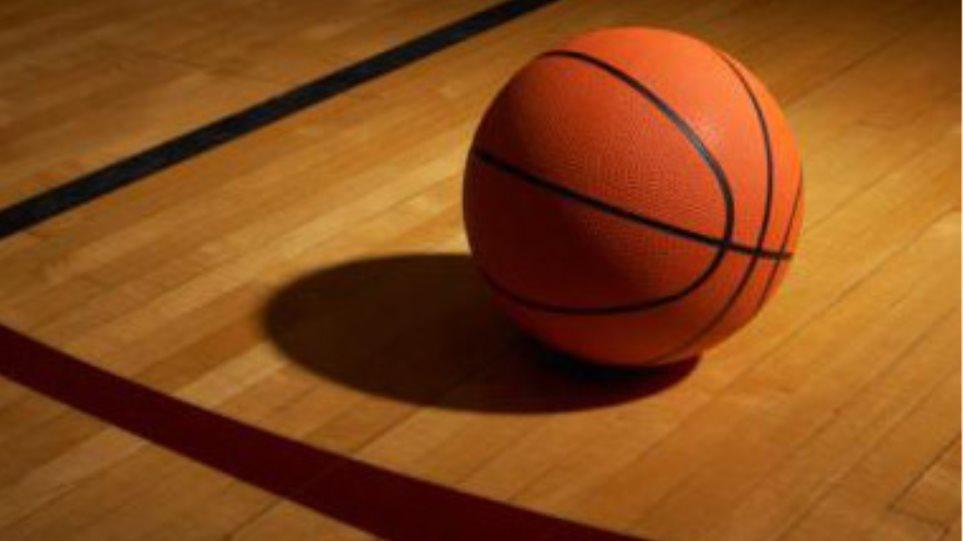 Αγώνας μπάσκετ παλαίμαχων