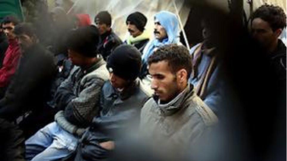 Νέες ρατσιστικές επιθέσεις σε Χανιά και Πάτρα