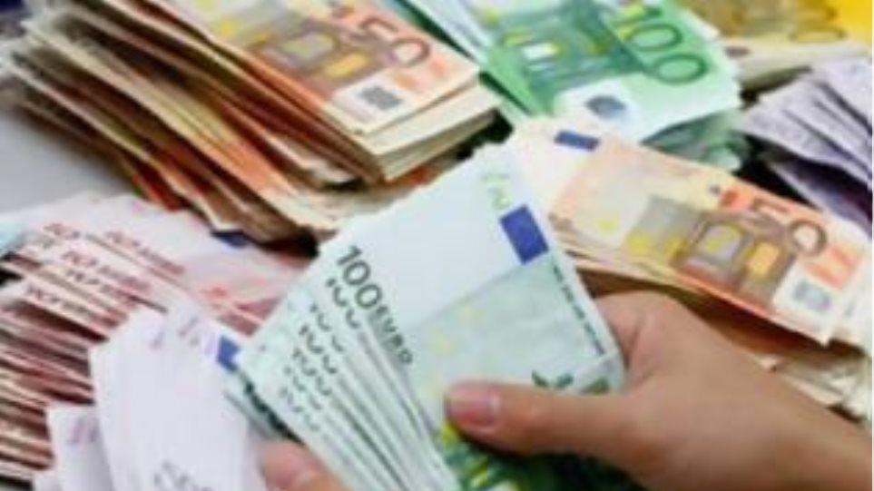 Οι δημότες θα πληρώνουν τα βάρη των «σπάταλων» δήμων