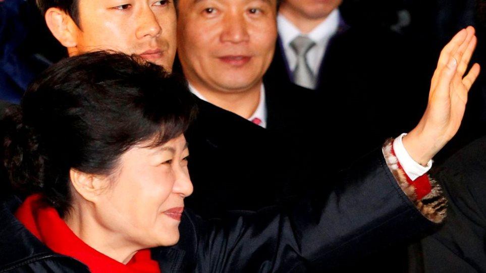 Πρόεδρος της Ν. Κορέας η Πάρκ Γκεούν-χίε