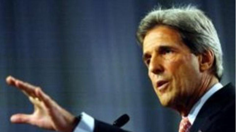 Τζον Κέρι: Η συριακή αντιπολίτευση να παραστεί στη διάσκεψη των Φίλων της Συρίας