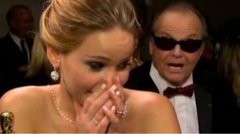 Ο Jack Nicholson φλερτάρει την Jennifer Lawrence