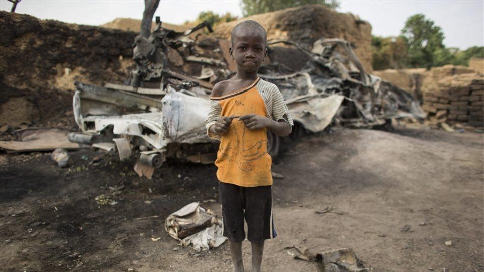 Δραματική έκκληση της Unicef για τα παιδιά στο Μαλι