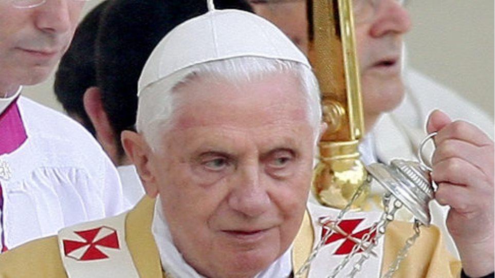 Ινδονησία:Ο επικεφαλής της Ρωμαιοκαθολικής Εκκλησίας δεν θα συμμετάσχει στην ψηφοφορία για την επιλογή του νέου Πάπα