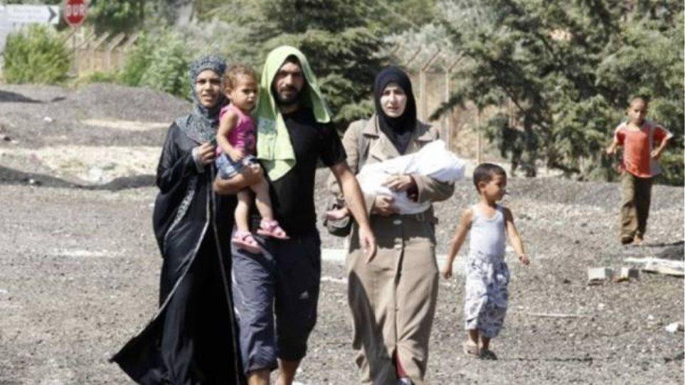 Περισσότεροι από 150.000 άνθρωποι εγκατέλειψαν τη Συρία