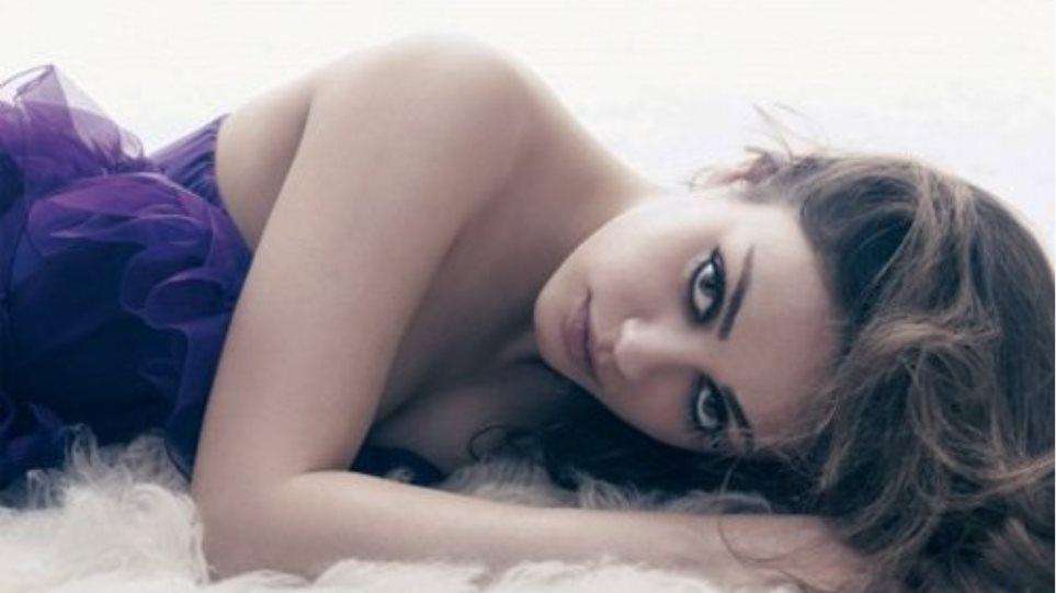 Mila Kunis: «Λογοκρίνω τον εαυτό μου περισσότερο τελευταία»