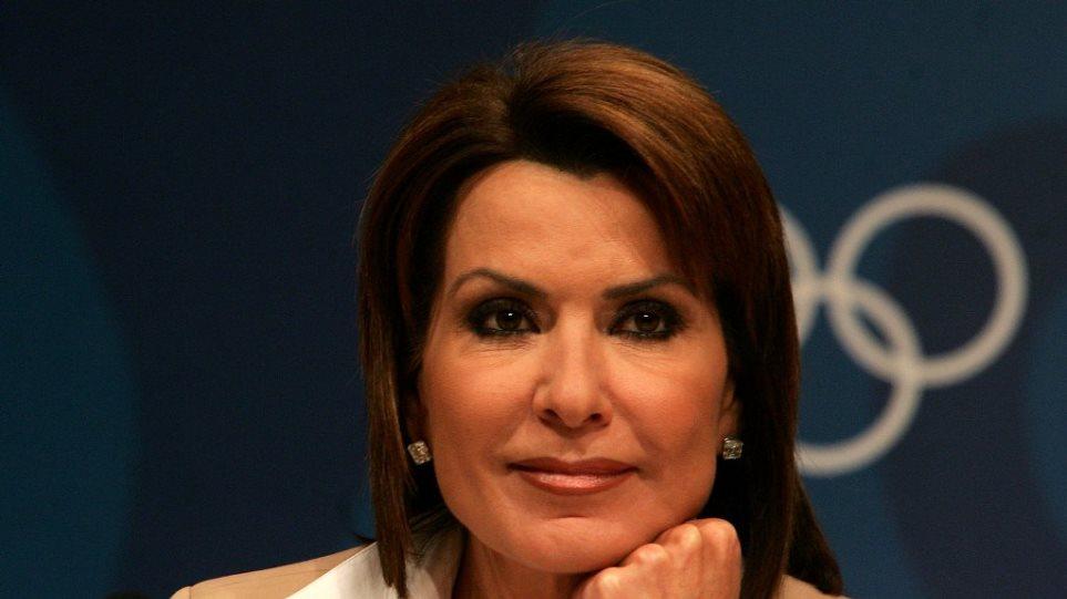 H «ΑΥΓΗ» συνεχίζει το «σήριαλ» για τα σενάρια υποψηφιότητας της Γιάννας