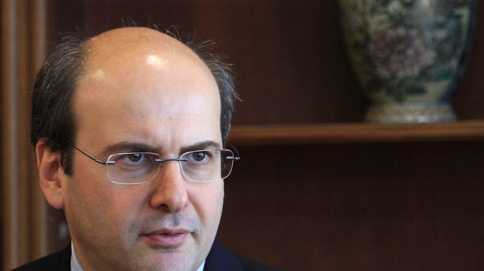 «Παράθυρο» για νέο κούρεμα του χρέους αφήνει ο Χατζηδάκης