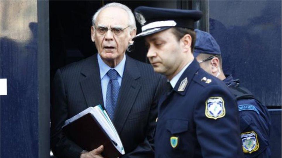 Δίκη Άκη: Θα διαβαστούν οι σημειώσεις του - Νέο «κάρφωμα» Ζήγρα