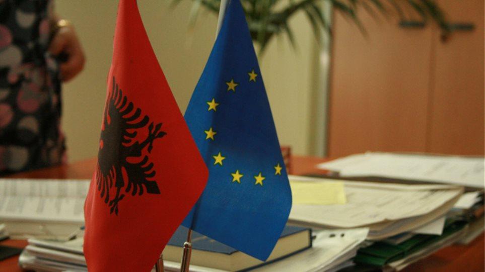 Πιθανώς μέσα στον Δεκέμβριο η υποψηφιότητα της Αλβανίας για ένταξη στην ΕΕ