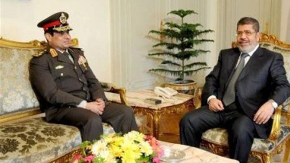 Ποιος είναι ο Αιγύπτιος στρατηγός που είναι έτοιμος να αναλάβει τα ηνία της χώρας