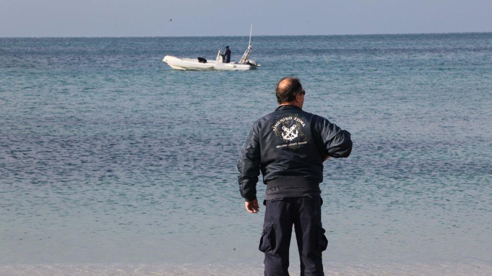 Τραγωδία στη Βόλβη: Ένας νεκρός από ανατροπή βάρκας