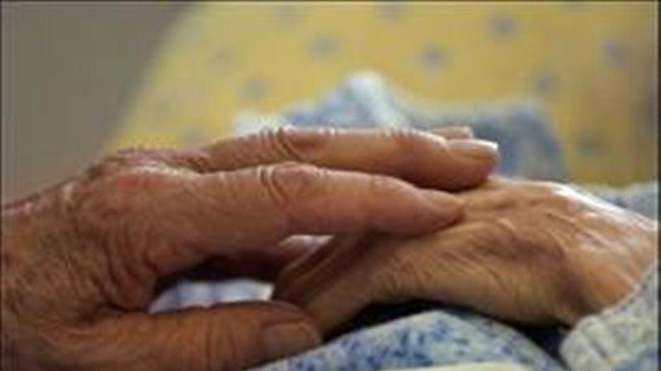 Λήστεψαν ζευγάρι ηλικιωμένων στην Κορινθία