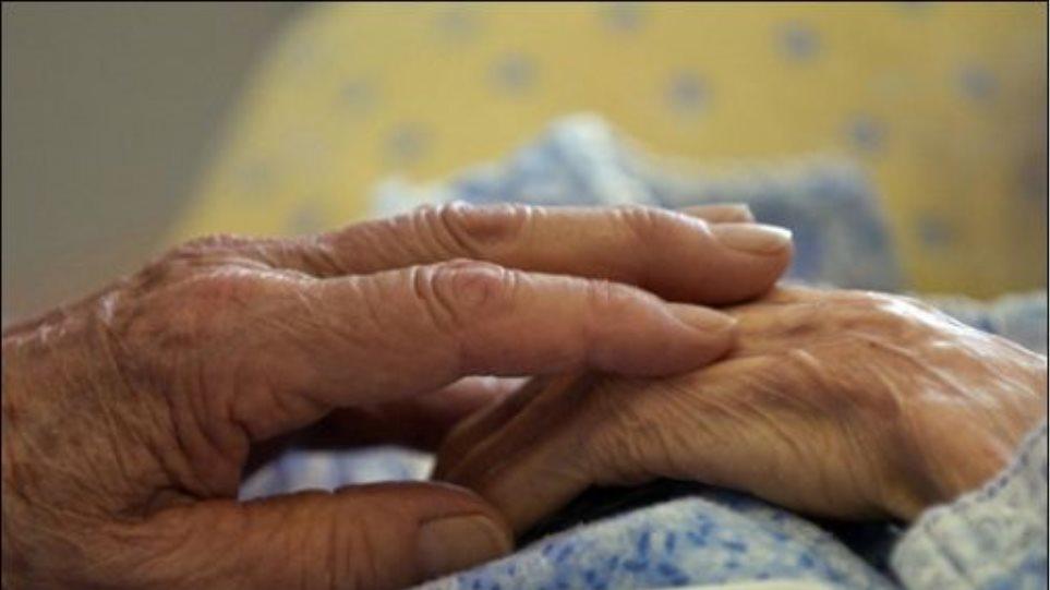 Νεκρή βρέθηκε 80χρονη σε μονοκατοικία στην Ηλιούπολη