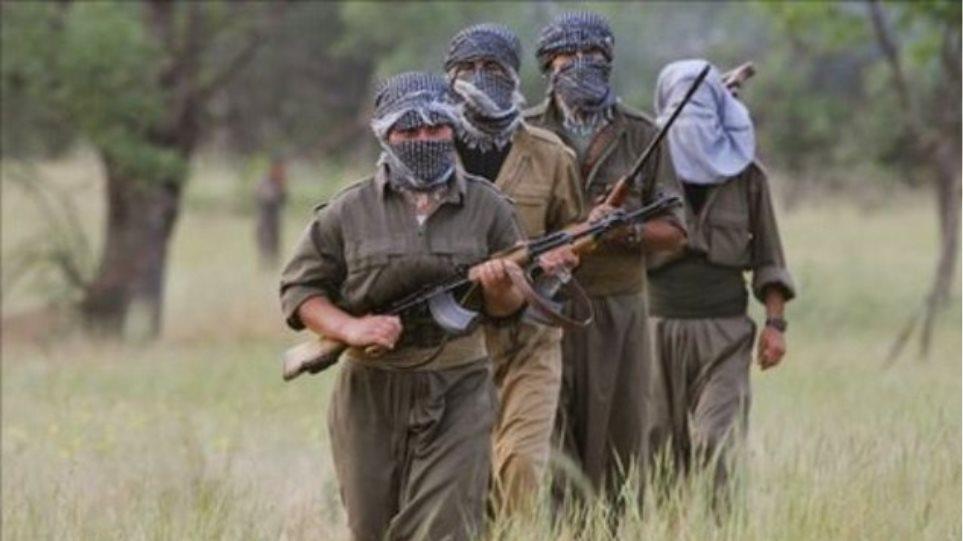 Τουρκία: Επίθεση Κούρδων ανταρτών σε στρατιωτικά φυλάκια στο Ντιγιάρμπακιρ