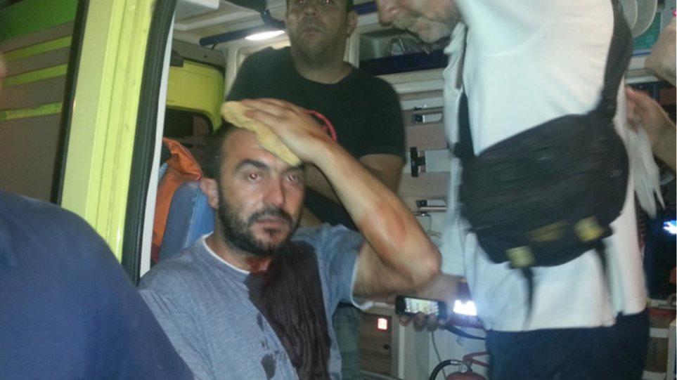 Πολιτική σύγκρουση μετά την επίθεση οπαδών της Χρυσής Αυγής σε μέλος του ΚΚΕ