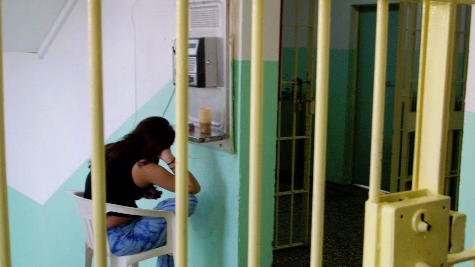 Προσπάθησε να περάσει ηρωίνη στις φυλακές της Κέρκυρας