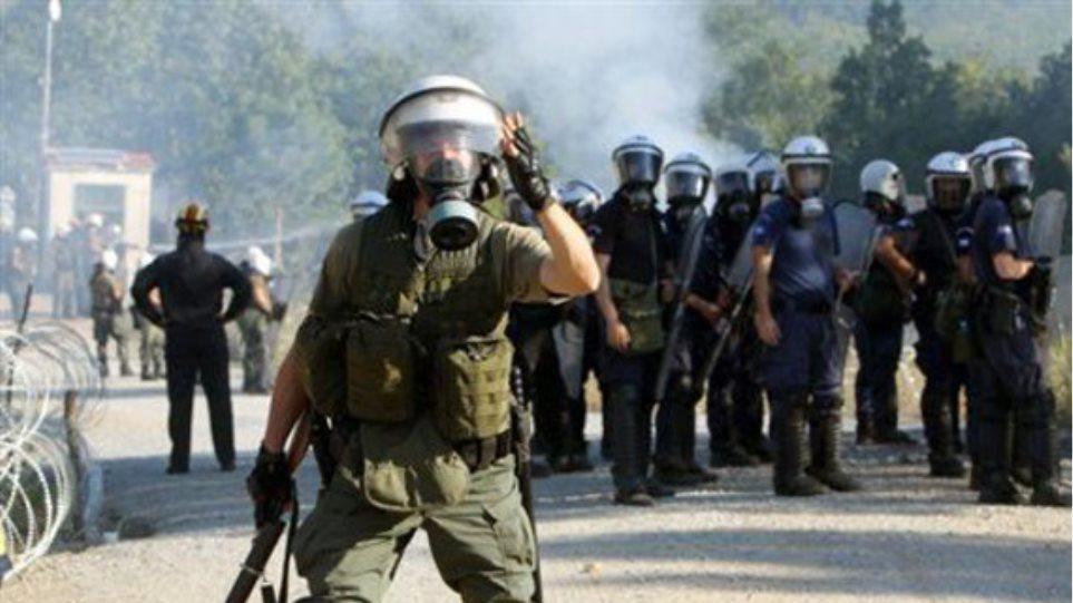 Στον εισαγγελέα οι 10 που συνελήφθησαν στα επεισόδια στο γήπεδο της Νίκαιας