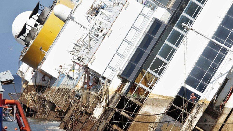 Δείτε live την επιχείρηση ανέλκυσης του Costa Concordia