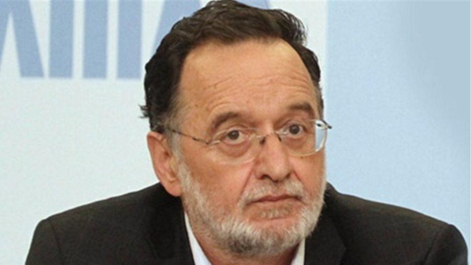 Π. Λαφαζάνης: Οι κυβερνητικές τροϊκανές πολιτικές υποκινούν τους αγώνες των καθηγητών