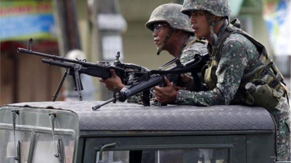 Φιλιππίνες: Αεροπορικές επιθέσεις του στρατού εναντίον ανταρτών