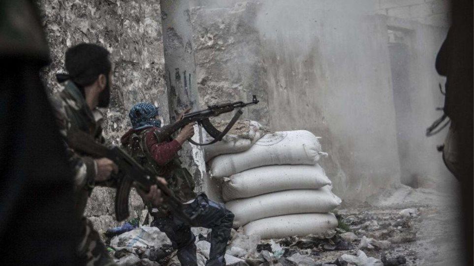 Ακραίοι ισλαμιστές περίπου οι μισοί από τους Σύρους αντάρτες