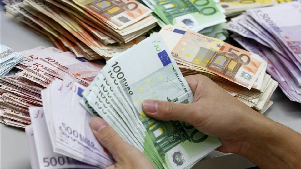 The FSF «golden boys» receive 2 million euros a year