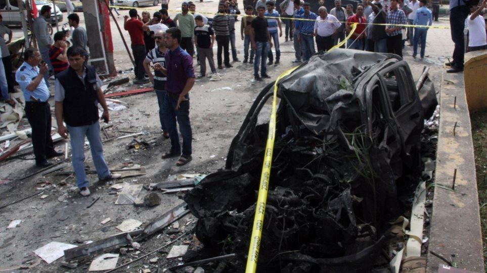 Εκρηξη παγιδευμένου αυτοκινήτου στα σύνορα Συρίας -Τουρκίας