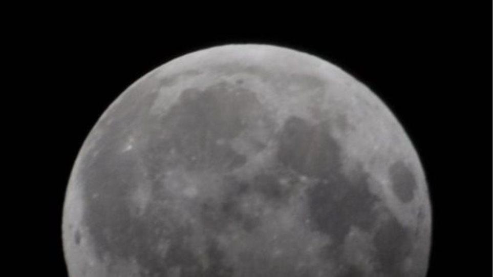 Την Παρασκευή η Γη ρίχνει τη σκιά της στη Σελήνη