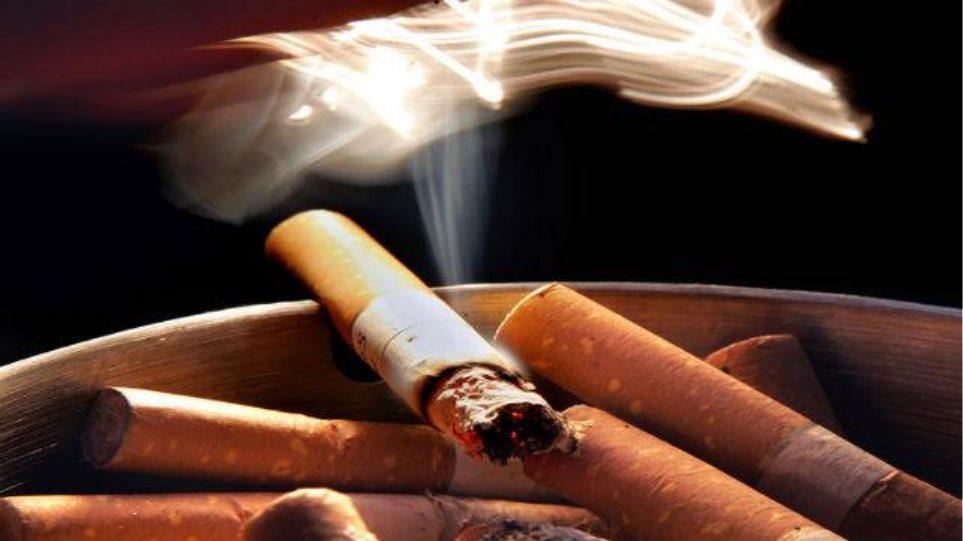 Το Οικονομικών «κόβει το βήχα» στο Υγείας για νέο φόρο στα τσιγάρα