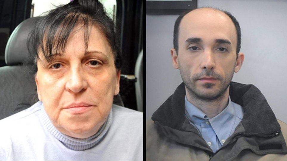 Aυτοί είναι η μητέρα και ο γιος που εξανάγκαζαν 34χρονη σε ερωτικό τρίγωνο!