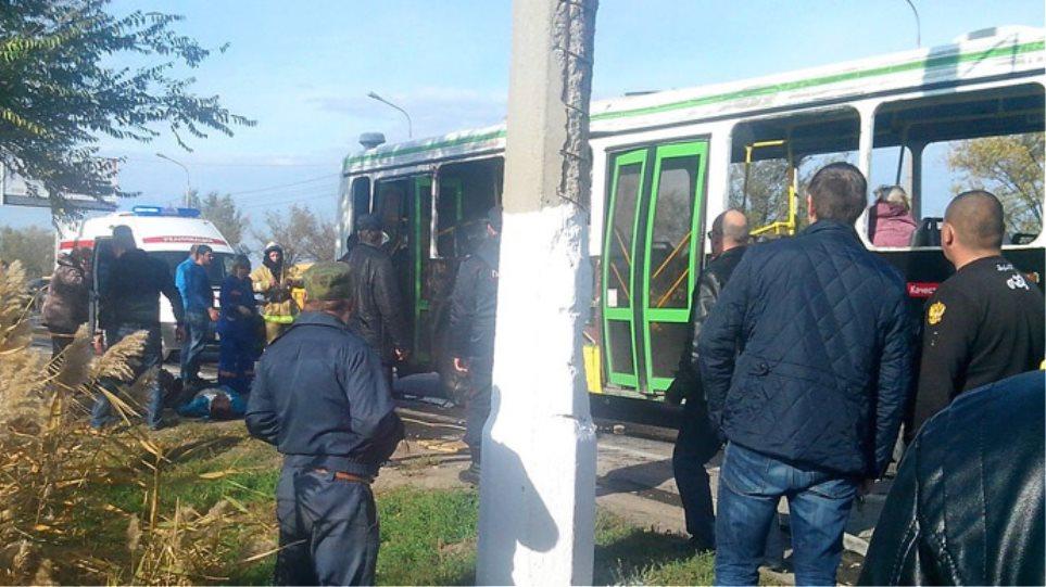 Γυναίκα καμικάζι πίσω από την έκρηξη σε λεωφορείο με έξι νεκρούς στη Ρωσία;