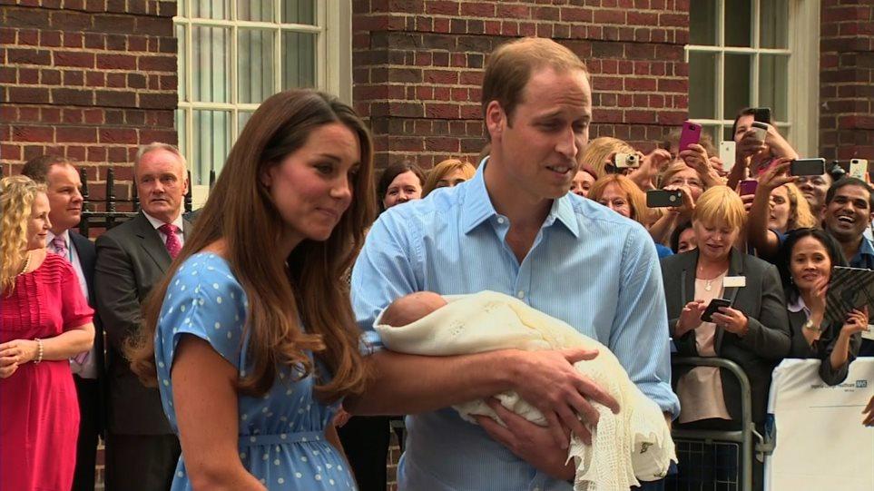 Ουίλιαμ - Κέιτ βαφτίζουν τον μικρό πρίγκιπα