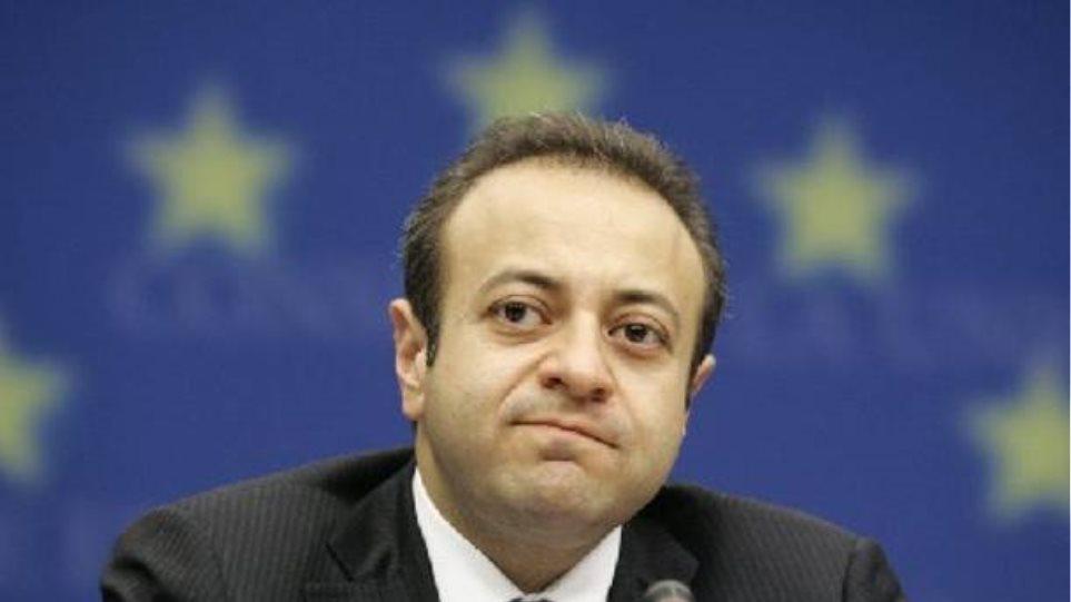 Η Άγκυρα διαμαρτύρεται ότι η ΕΕ καθυστέρησε να ξαναρχίσει τις ενταξιακές διαπραγματεύσεις