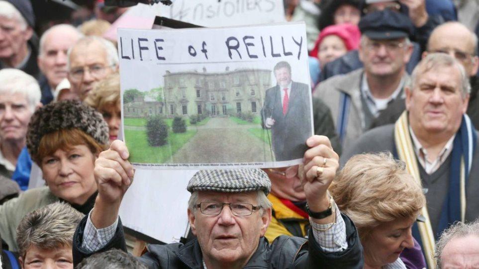 Ιρλανδία: Στους δρόμους οι συνταξιούχοι για τον προϋπολογισμό λιτότητας