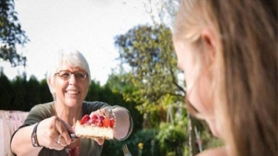 Γιαγιά και παππούς αλλάζουν τις διατροφικές συνήθειες του παιδιού